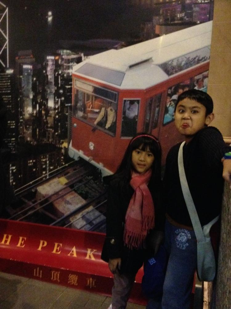 Sebelum naik Peak Tram